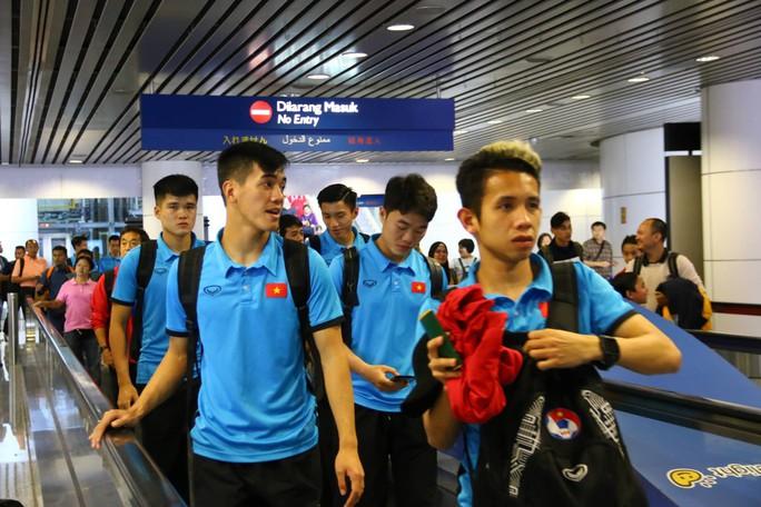 """Thủ tướng Malaysia """"tiếp lửa"""" cho đội nhà, HLV Park Hang-seo lạc quan - Ảnh 9."""