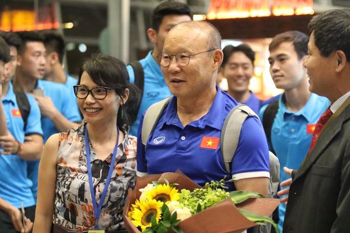 """Thủ tướng Malaysia """"tiếp lửa"""" cho đội nhà, HLV Park Hang-seo lạc quan - Ảnh 3."""