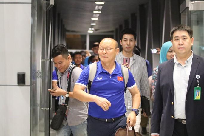 """Thủ tướng Malaysia """"tiếp lửa"""" cho đội nhà, HLV Park Hang-seo lạc quan - Ảnh 4."""