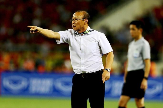 HLV Park Hang-seo không muốn được so sánh với đàn anh Eriksson - Ảnh 2.