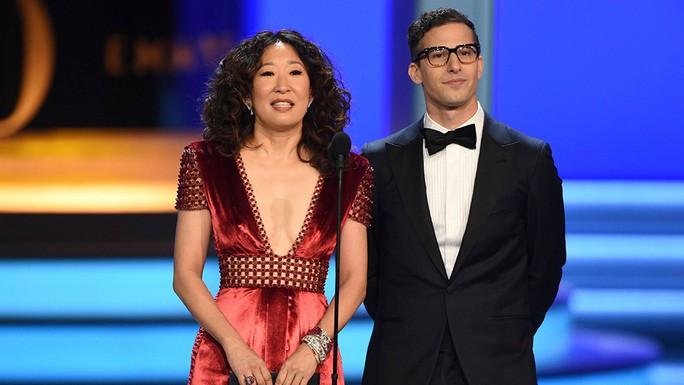 Hé lộ gương mặt dẫn dắt Quả cầu vàng và Oscar 2019 - Ảnh 1.