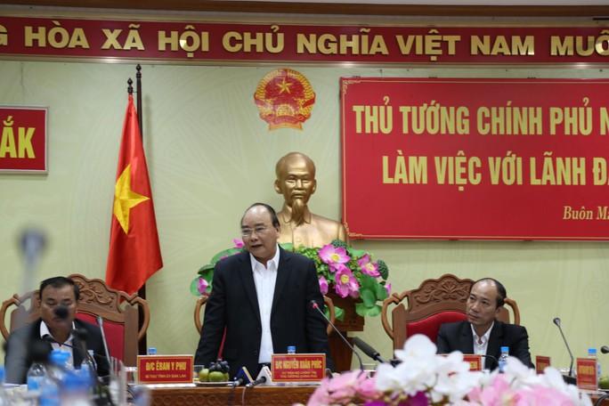 Thủ tướng Nguyễn Xuân Phúc: Người dân Việt Nam đang hướng về đội tuyển - Ảnh 1.