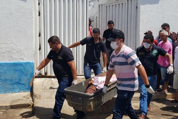 Brazil: Cướp ngân hàng như phim hành động, 14 người chết - Ảnh 1.