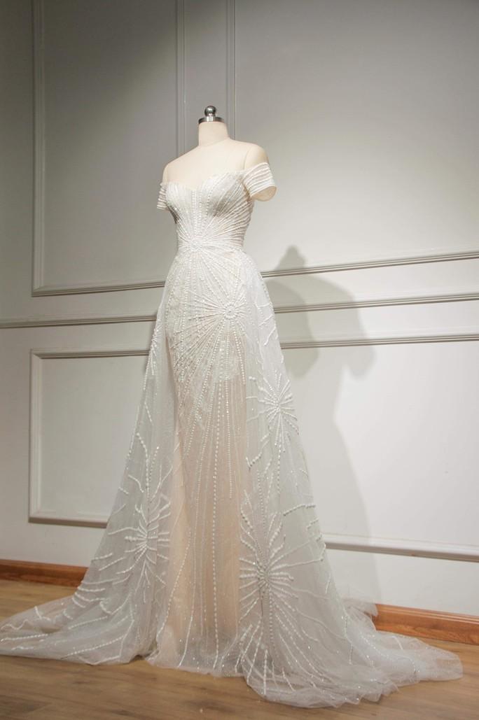 Hé lộ trang phục Tiểu Vy mặc đêm chung kết Hoa hậu Thế giới - Ảnh 2.