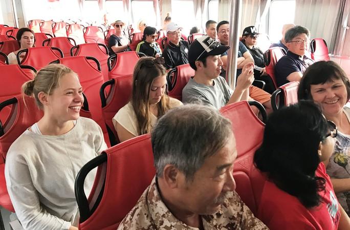 Khai trương tàu cao tốc đi từ TP HCM tới Vũng Tàu - Ảnh 3.