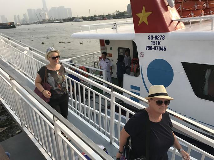 Khai trương tàu cao tốc đi từ TP HCM tới Vũng Tàu - Ảnh 2.
