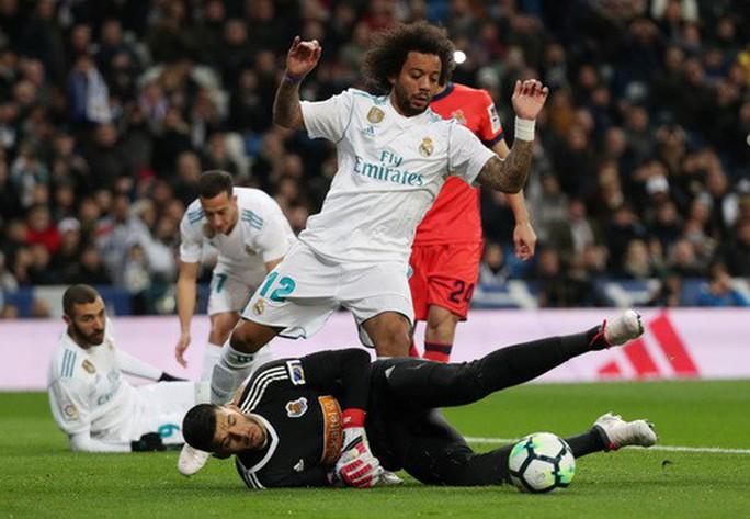 Hat-trick Ronaldo đưa Real Madrid trở lại đường đua - Ảnh 3.