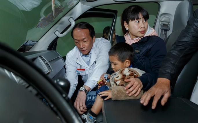 (Xuanonline 29Tet 14.2) Tết Nguyên đán: Bệnh nhân nhận lì xì, ăn miễn phí - Ảnh 19.