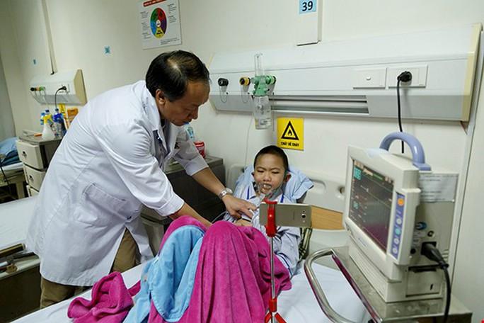 (Xuanonline 29Tet 14.2) Tết Nguyên đán: Bệnh nhân nhận lì xì, ăn miễn phí - Ảnh 24.