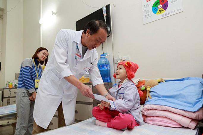 (Xuanonline 29Tet 14.2) Tết Nguyên đán: Bệnh nhân nhận lì xì, ăn miễn phí - Ảnh 23.