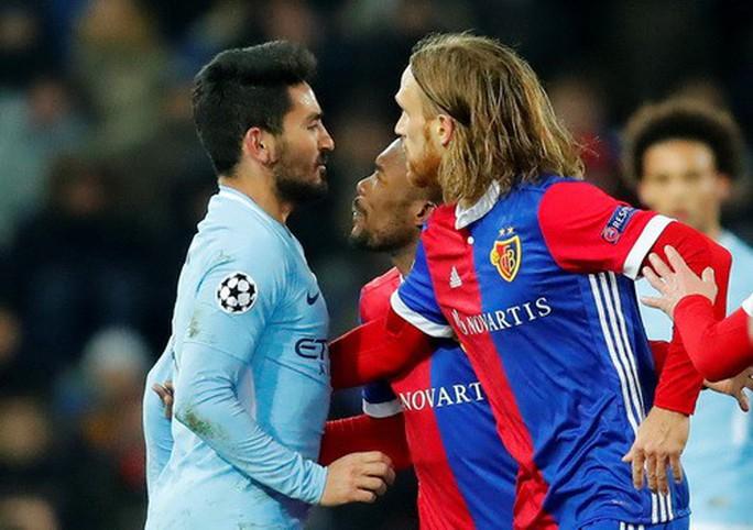 Tottenham ngược dòng lấy điểm Juventus, Man City đại thắng Basel - Ảnh 9.