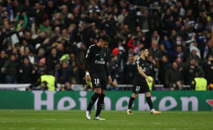 HLV Zidane cười tươi khi Ronaldo lập cú đúp đánh bại PSG - Ảnh 5.