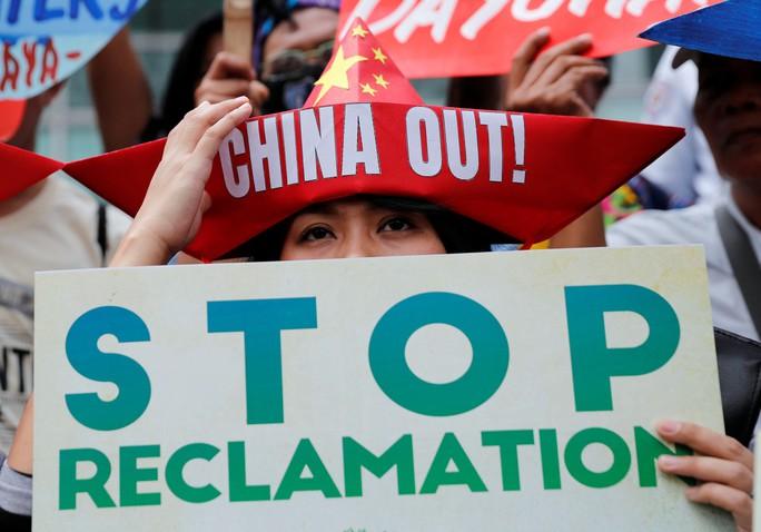 Khí tài Trung Quốc ở biển Đông không nhằm vào láng giềng - Ảnh 1.