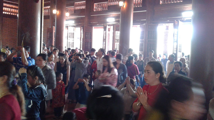 Mướt mồ hôi ở ngôi chùa lớn nhất miền Tây ngày mùng 1 Tết - Ảnh 27.