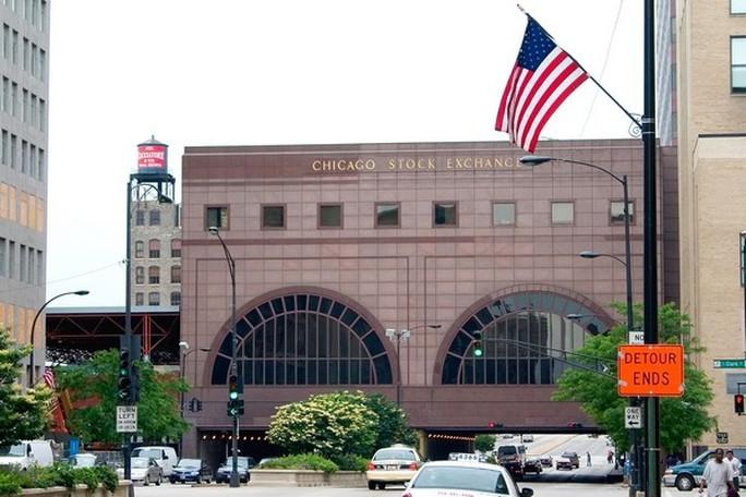 Chặn vụ sáp nhập sàn chứng khoán Chicago, Mỹ càng đề phòng Trung Quốc - Ảnh 1.