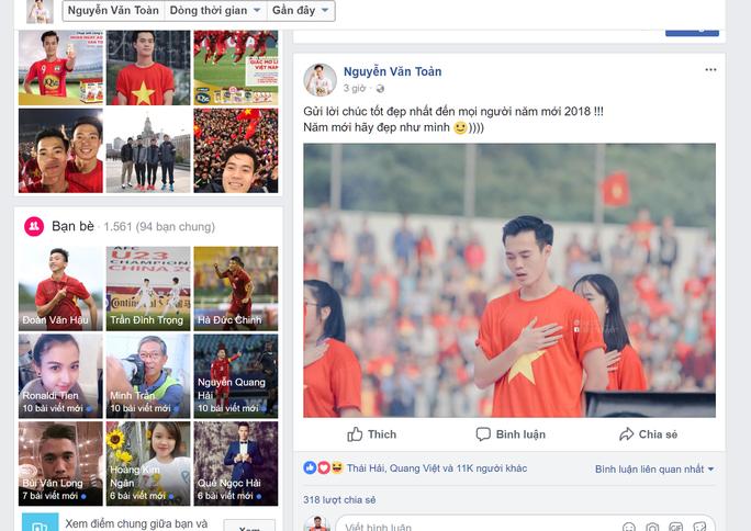 Chùm ảnh độc, lạ U23 Việt Nam chúc mừng năm mới - Ảnh 3.