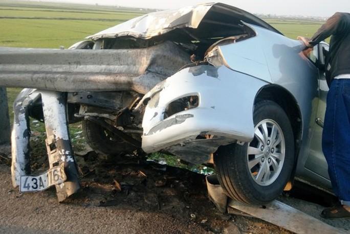 Mùng 2 Tết, tai nạn giao thông tăng đột biến làm 36 người thiệt mạng - Ảnh 1.