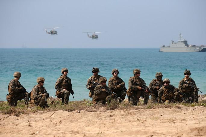 Cận cảnh Mỹ và 28 nước châu Á tập trận Hổ mang vàng - Ảnh 3.