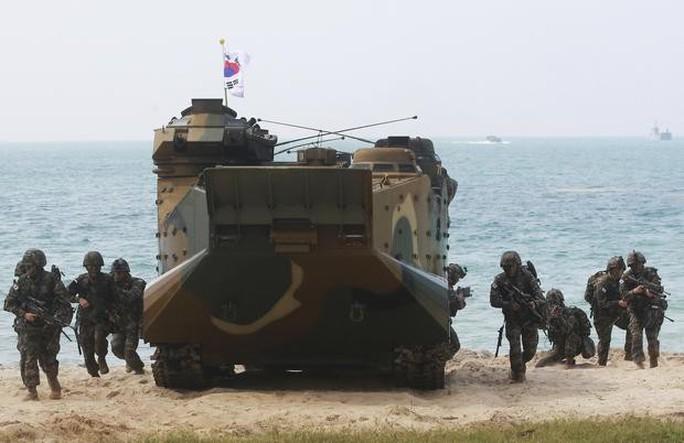 Cận cảnh Mỹ và 28 nước châu Á tập trận Hổ mang vàng - Ảnh 1.