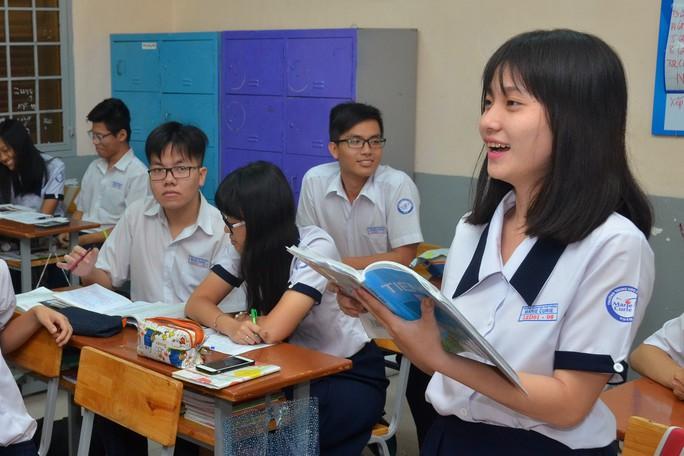 Cả xã hội mong chờ sự thay đổi từ chương trình giáo dục mới - Ảnh 1.