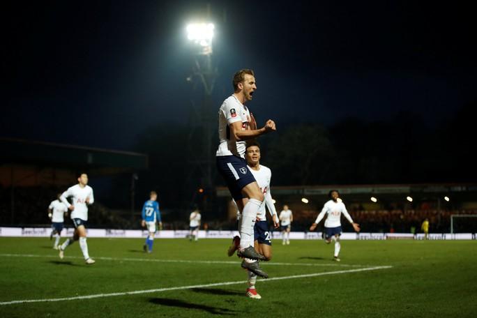 Tottenham bất ngờ bị đội bóng hạng 3 cầm hòa - Ảnh 3.