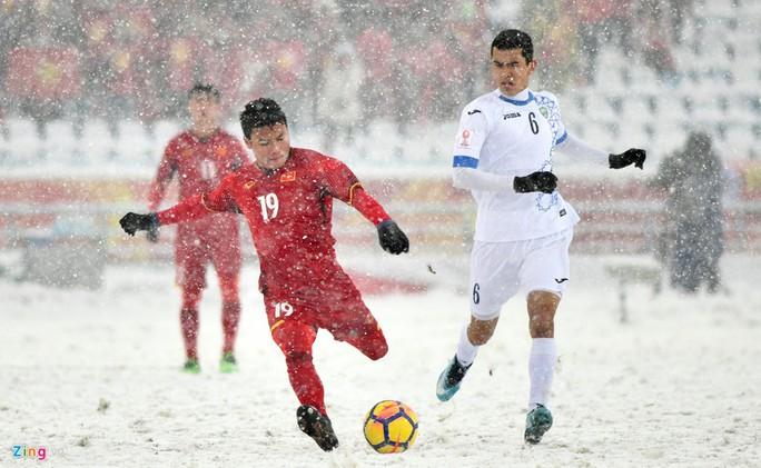Bộ trưởng Nguyễn Thị Kim Tiến: Cầu thủ U23 đá 2-3 trận 120 phút là điều phi thường - Ảnh 2.