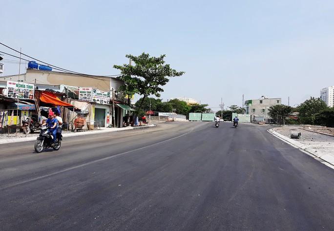Cầu sắt nối quận 12-Bình Tân bị sụp được thay mới - Ảnh 2.