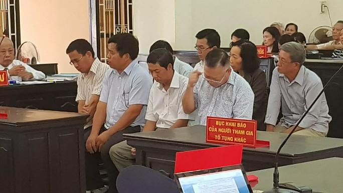Vụ án Agribank Trà Vinh: Cựu chủ tịch Aquafeed Cửu Long liên tục phản bác chứng cứ của VKS - Ảnh 1.