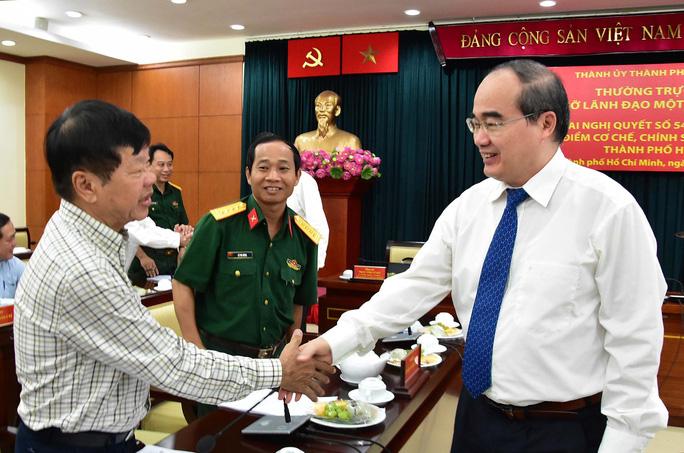 bí thư thành ủy nguyễn thiện nhân gặp gỡ các lãnh đạo báo chí tp sáng 9-1 để thông tin về triển khai thí điểm cơ chế, chính sách đặc thù cho tp hcm