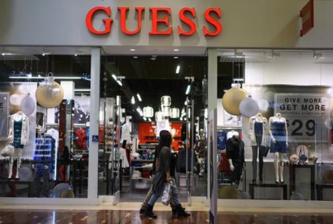 Kate Upton tố quấy rối tình dục, cổ phiếu Guess Inc giảm  - Ảnh 2.