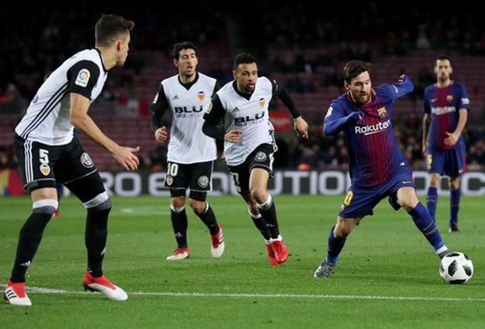 Thắng khó Valencia, Barcelona chạm tay vé chung kết Cúp Nhà vua - Ảnh 4.