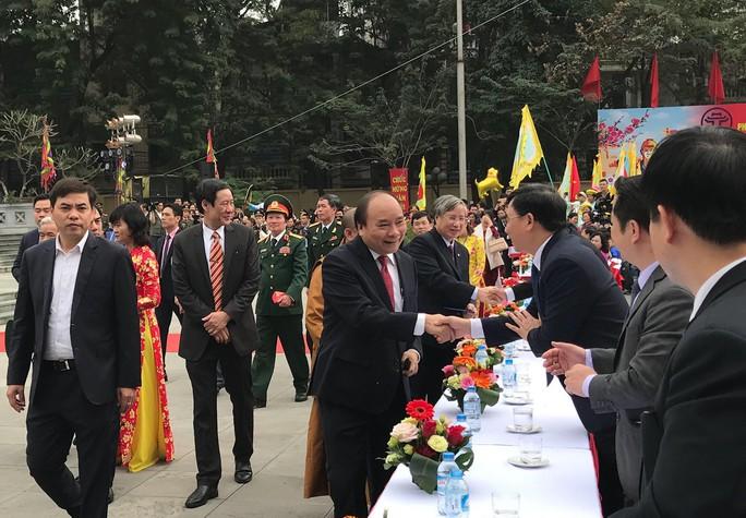 Thủ tướng dự Lễ hội Chiến thắng Ngọc Hồi - Đống Đa 2018 - Ảnh 1.