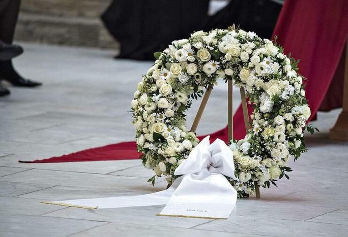 Lời trăng trối của chồng khiến Nữ hoàng Đan Mạch nghẹn ngào - Ảnh 2.