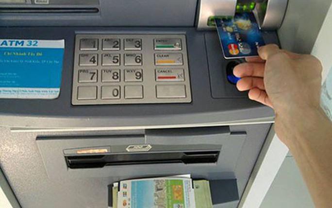 CHẤN ĐỘNG: Phó giám đốc CN Eximbank chiếm 245 tỉ đồng của khách hàng rồi biến - Ảnh 1.