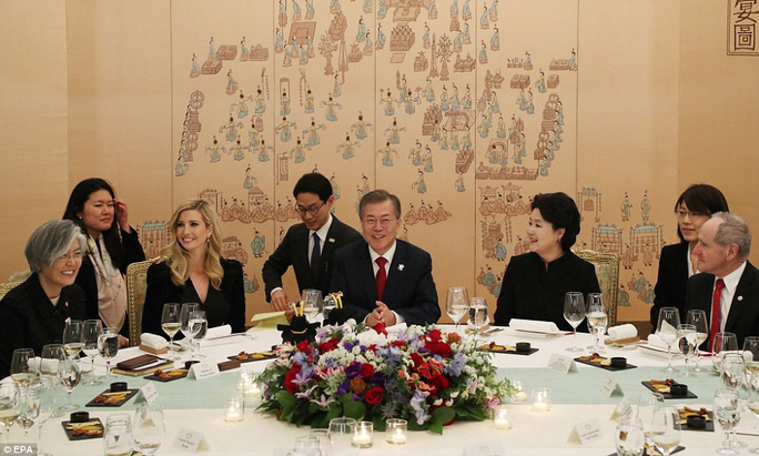 Thông điệp trong bữa tối tổng thống Hàn Quốc mời Ivanka Trump - Ảnh 4.