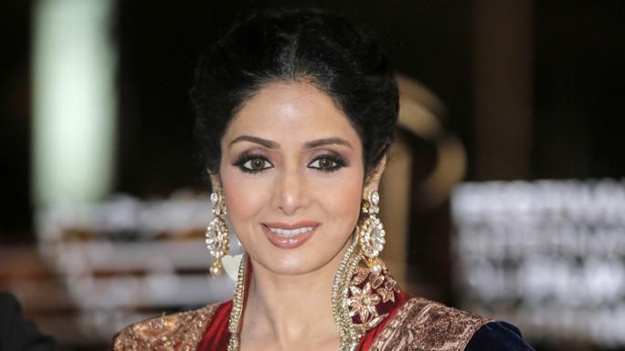 Siêu sao Bollywood đột tử ở tuổi 54 - Ảnh 1.
