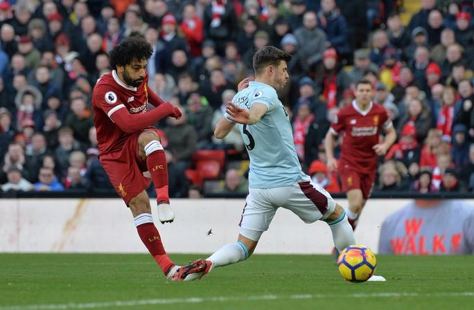 Đại thắng, Liverpool vươn lên vị trí thứ 2 - Ảnh 3.