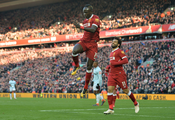 Đại thắng, Liverpool vươn lên vị trí thứ 2 - Ảnh 4.