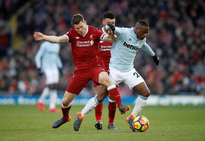 Đại thắng, Liverpool vươn lên vị trí thứ 2 - Ảnh 1.