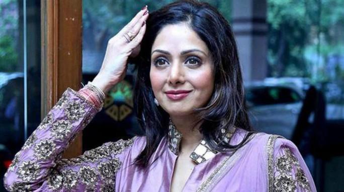 Siêu sao Bollywood đột tử ở tuổi 54 - Ảnh 2.