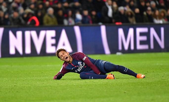 Chấn thương nặng, Neymar có nguy cơ lỡ đại chiến Real - Ảnh 2.