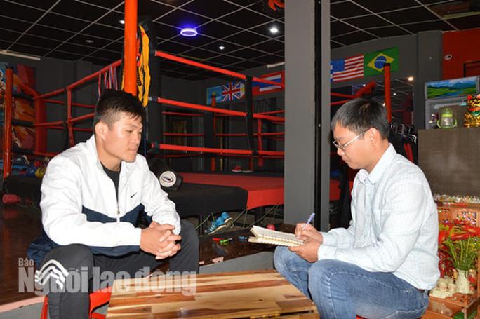 Nam vương boxing Việt sẵn sàng đấu võ sư Flores - Ảnh 2.