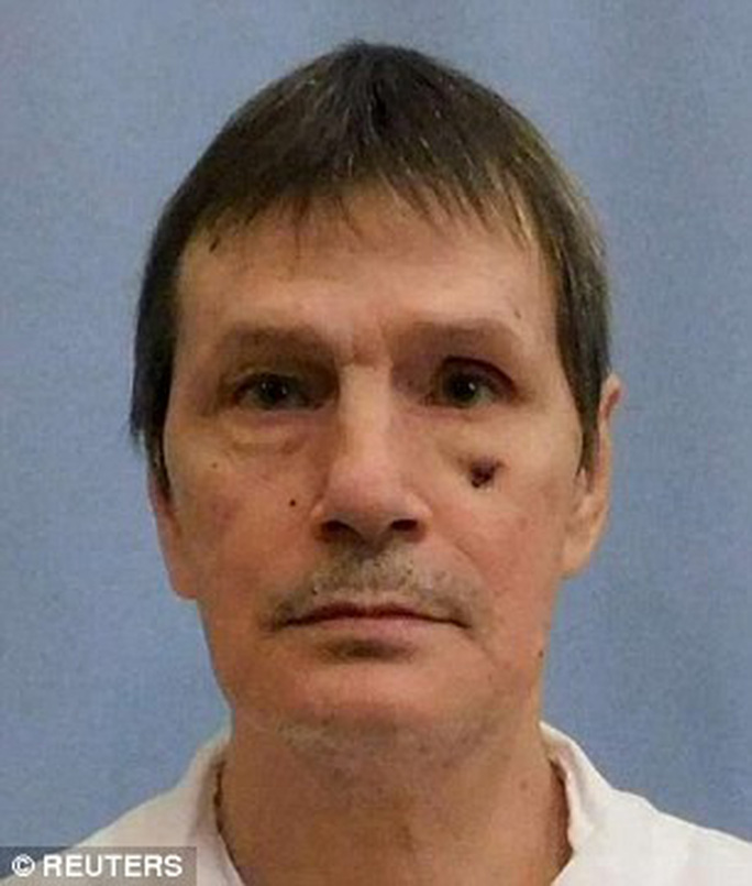 Bị tiêm thuốc độc, tử tù thoát chết vì không tìm thấy ven - Ảnh 1.