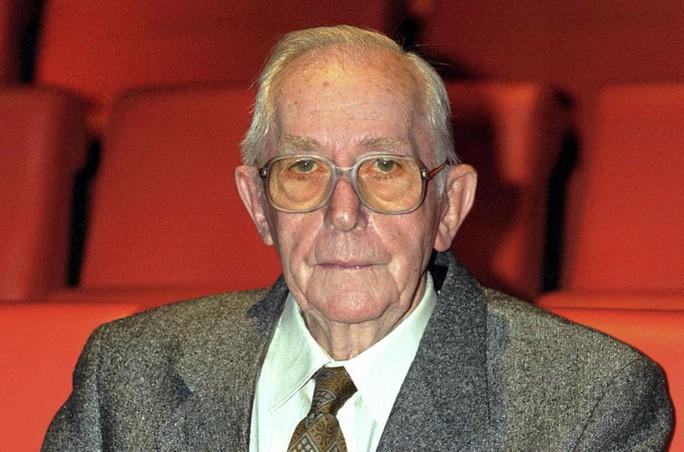 Đạo diễn phim James Bond qua đời - Ảnh 2.