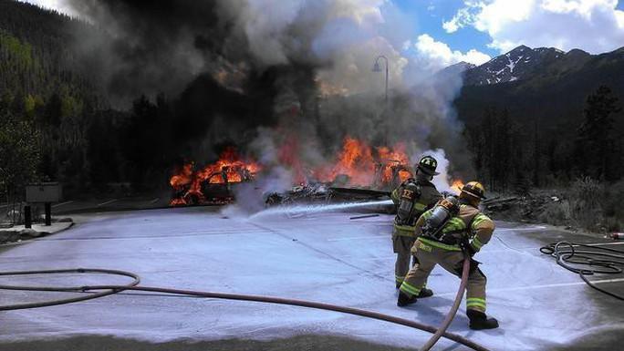 Mỹ: Nạn nhân tai nạn máy bay được đền bù 100 triệu USD - Ảnh 1.