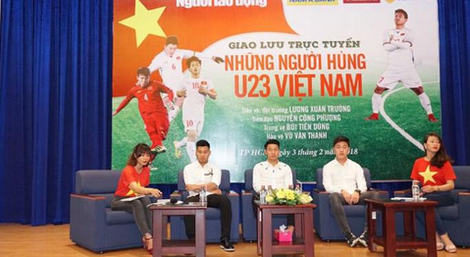 Giao lưu U23 Việt Nam: Xuân Trường bị CĐV đặt câu hỏi khó - Ảnh 10.