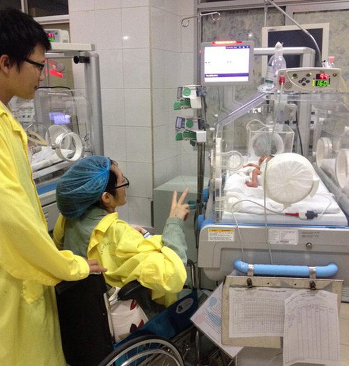 Con trai được thiếu uý ung thư nhường sự sống trong vòng tay Bộ trưởng Y tế - Ảnh 2.