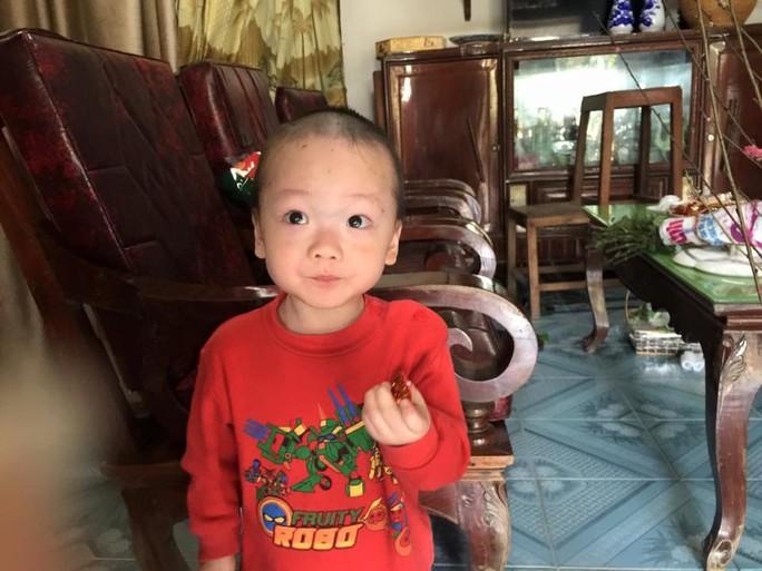 Con trai được thiếu uý ung thư nhường sự sống trong vòng tay Bộ trưởng Y tế - Ảnh 8.