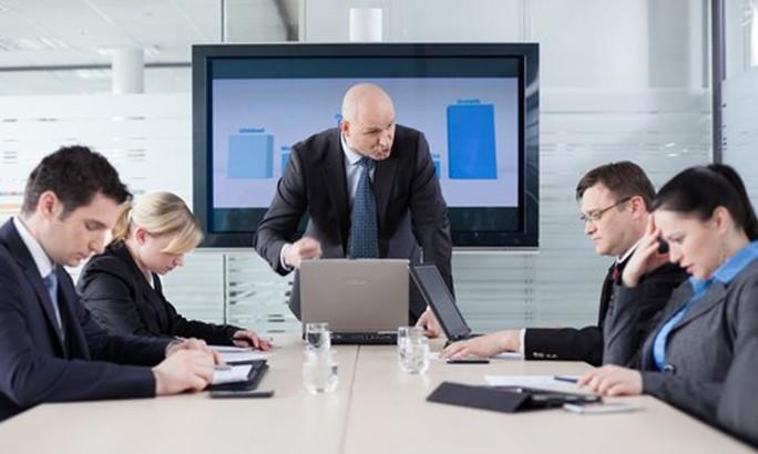 4 mẹo tiếp cận đồng nghiệp mới - Ảnh 1.