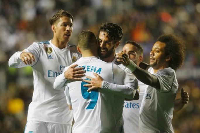 Rượt đuổi tỉ số điên rồ, Real Madrid vuột chiến thắng trước Levante - Ảnh 5.